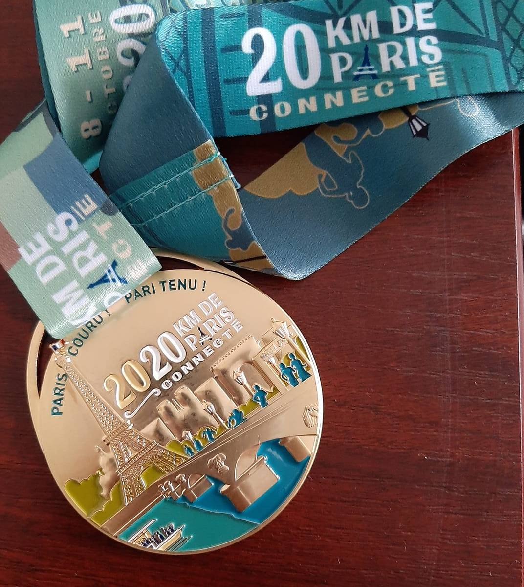 Médaille 20km Paris connecté 2020