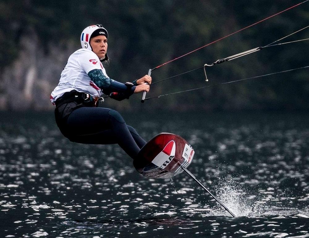 Jessie Kampman kitesurfeuse kitefoil / Photo IKA / Alex Schwarz